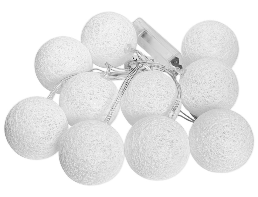 białe kule cotton ball